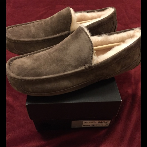 f92b8a6a759 UGG Men's Ascot Moccasin Slippers - NIB - Size 12 NWT
